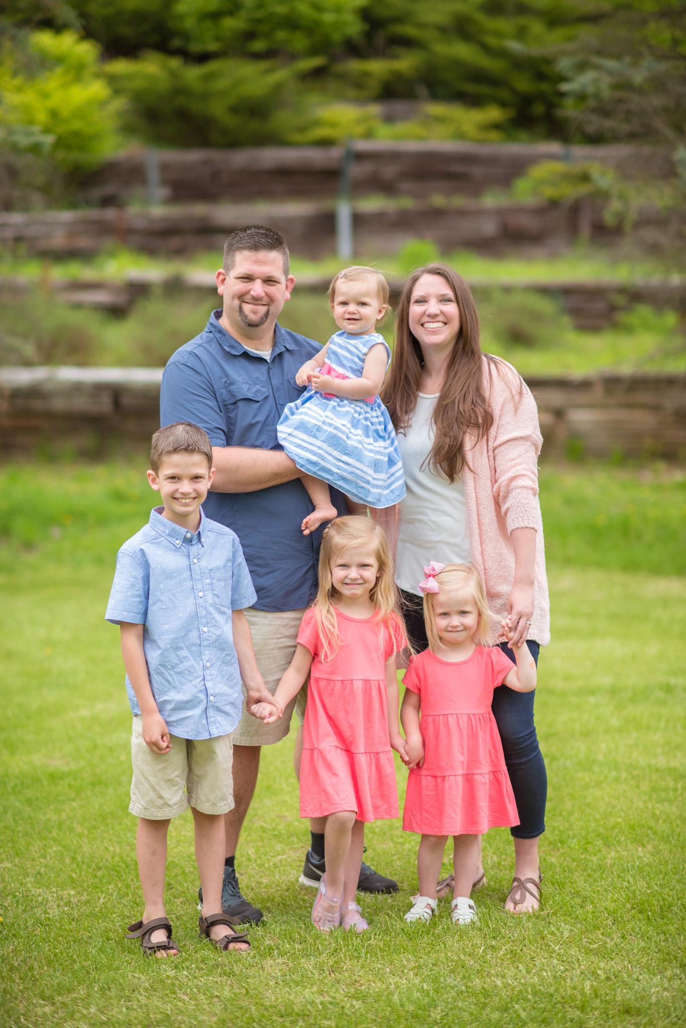 Family of 6 Photo Session in Corunna, Michigan